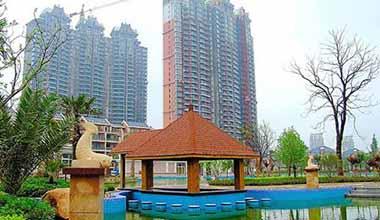 高尔夫湖滨花园