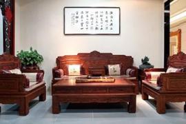 昆山中式风格装修:客厅红木家具