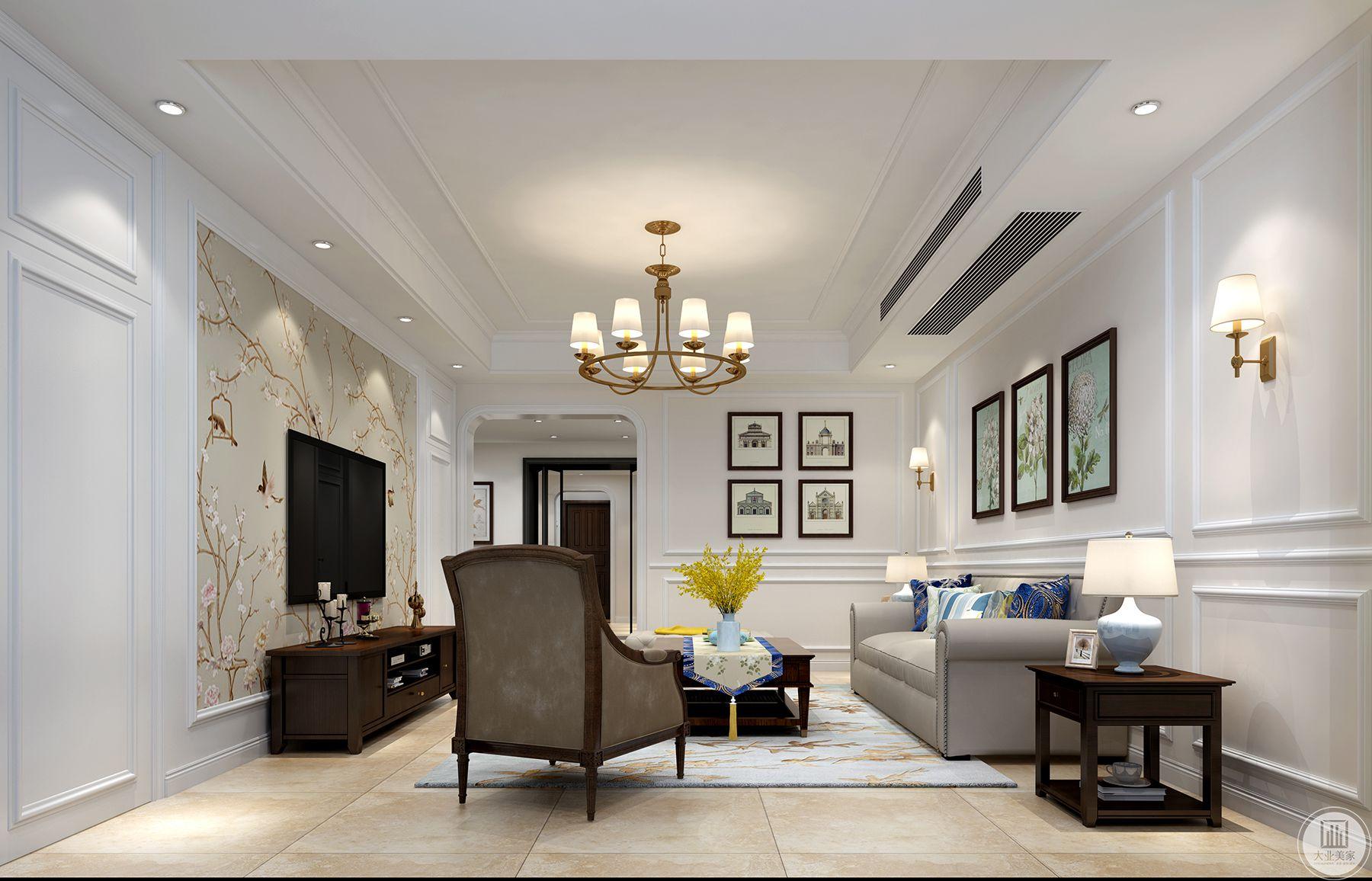 客厅我们把原有的阳台给扩进来,这样客厅比较大,来客人的话这样空间会更舒服。